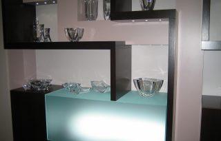 Steklene krdence v stanovanju