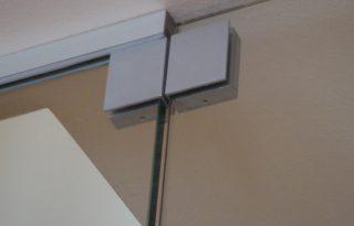 Spone za steklena nihajna vrata